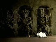 2х02 Первые шаги в пещеру