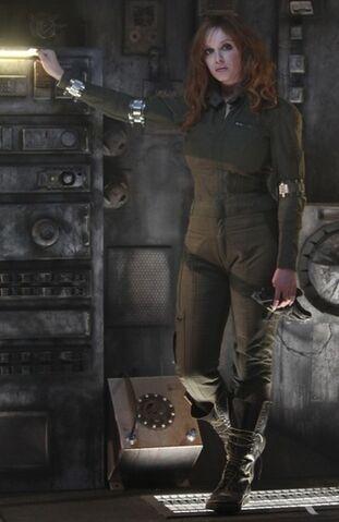 File:Christina-hendricks-sci-fi-music-video1.jpg