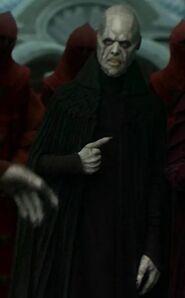 Paul Whelan as Utapaun