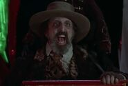 Vincent Schiavelli as Organ Grinder