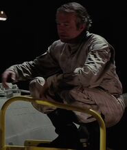 Shane Rimmer as Rebel Crew Chief