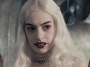Anne Hathaway as White Queen (AIW)