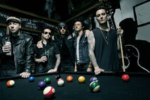Avenged-Sevenfold-2013