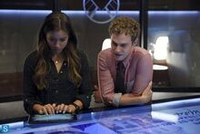 Skye-and-Fitz-skye-agents-of-shield-37913725-500-333