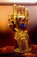 Infinity Handschuh2