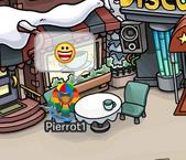 Pierrot heureux