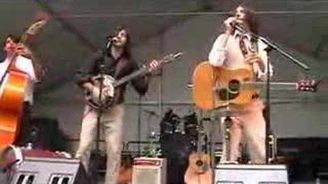 Avett Brothers- At the Beach (Wine In The Woods)
