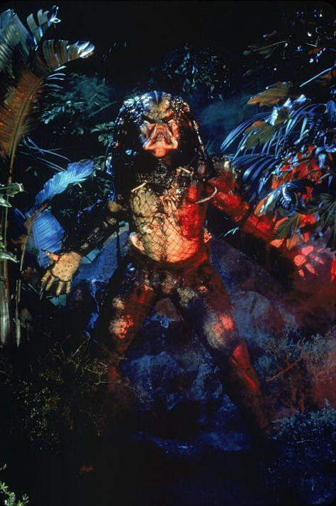 "Predator Enamel Pin Bio-Mask Alien Trophy Hunter Extraterrestial Species Big 2/"""