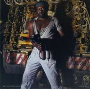 Alien-yaphet-kotto-parker-flamethrower