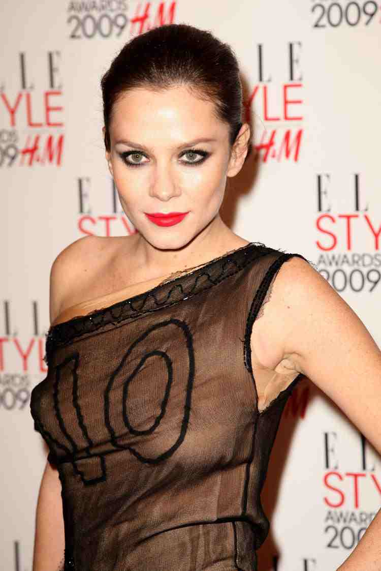 Forum on this topic: Colette Hiller, anna-friel-born-1976/