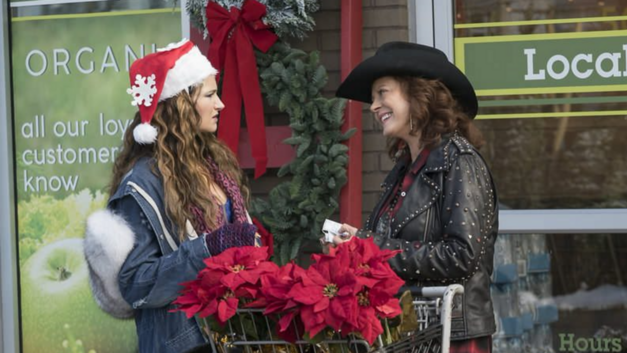 Kathryn Hahn and Susan Sarandon in 'A Bad Moms Christmas'