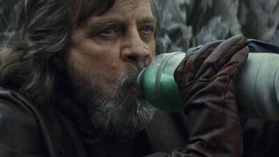 'Galaxy's Edge' Offers a Big 'Star Wars' Twist to Disneyland Food and Drink