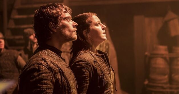 Theon Greyjoy and Yara Greyjoy await Euron Greyjoy's attack