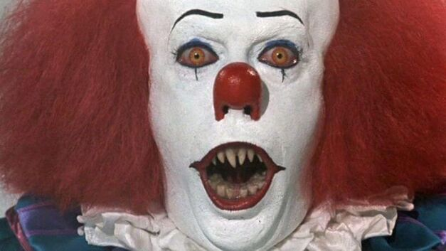 Stephen King It clown scary face