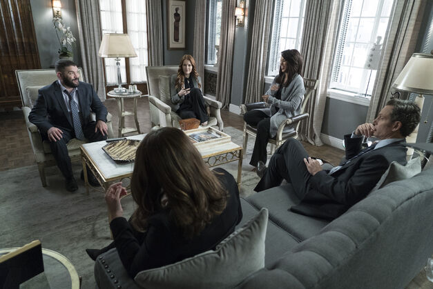 Scandal Series Finale Group