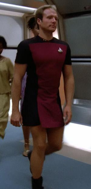 star-trek-man-in-skirt