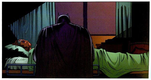 Dead_Robin_Stephanie_Brown_Batman_War_Games_Hospital