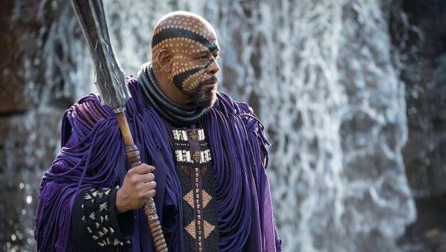 Black_Panther_Shaman 2
