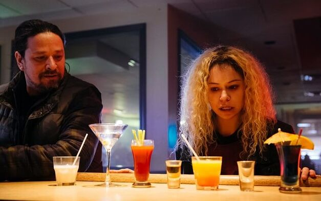 Orphan-Black - Helena drinks