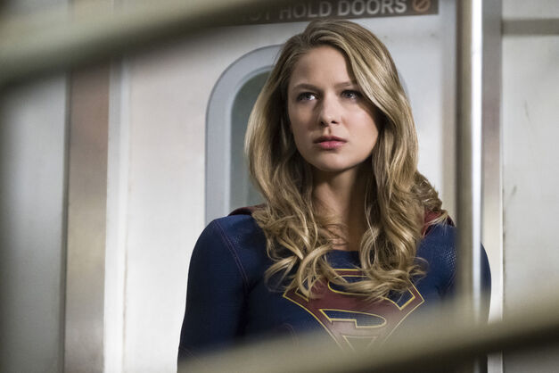 Supergirl Return Season 3b