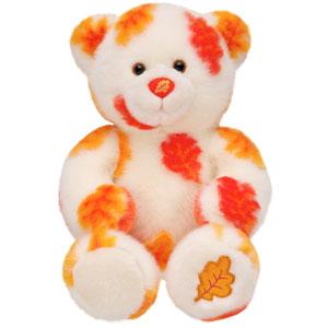 Autumn hugs bear