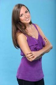 Paige (Bachelor 17)