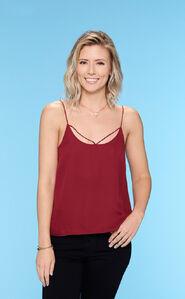 Danielle M. (Bachelor 21)
