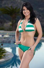 Nicole (Bachelor Pad 1)