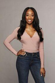 Courtney (Bachelor 23)