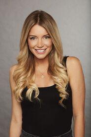 Lauren S (Bachelor 22)