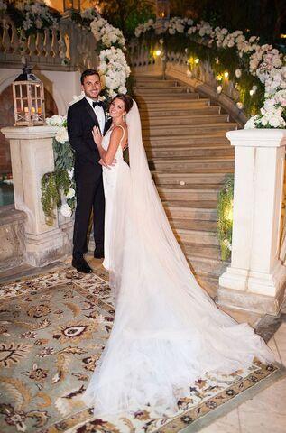 File:Jade and Tanner Wedding 4.jpg