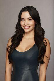 Laura (Bachelor 23)