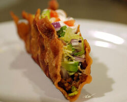 Bacon-shell taco