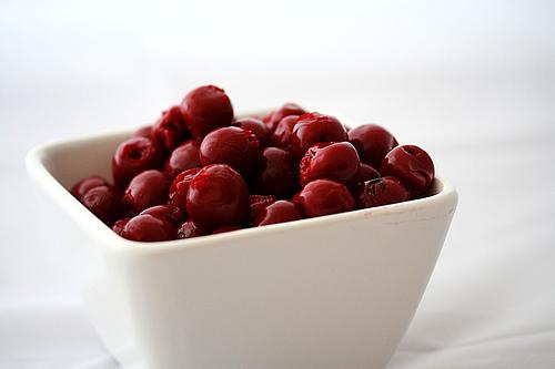 File:Sour-cherries.jpg