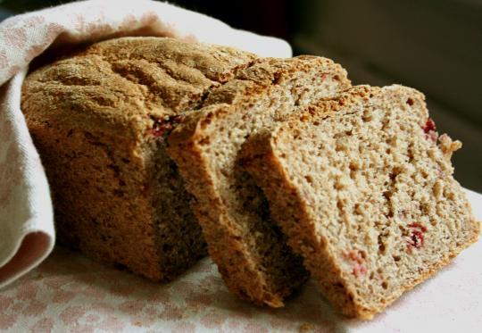File:Lingonberry bread.jpg