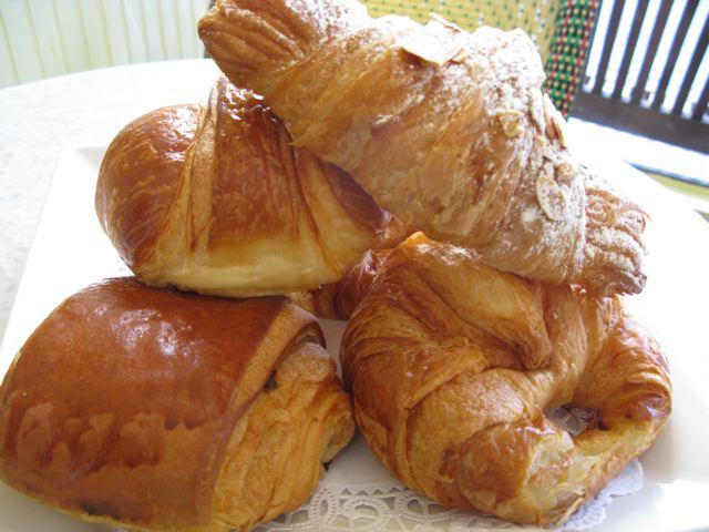 File:Croissants.jpg