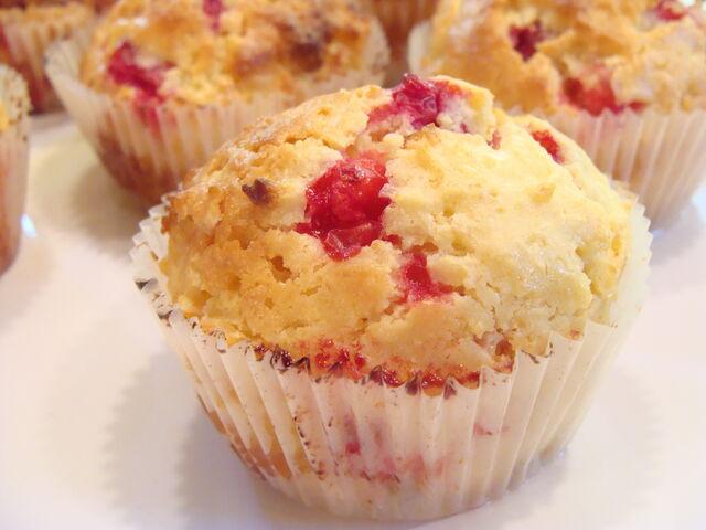 File:Crnberrymuffins.jpg