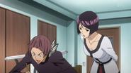 Iwase rozmawia z Eijim