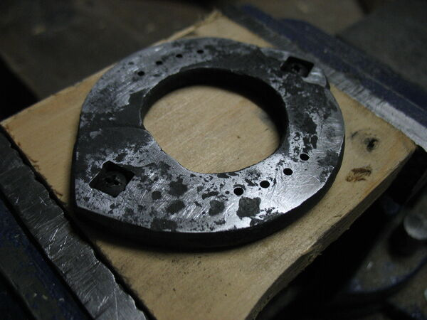 Riveting field frame bars to rings - 08