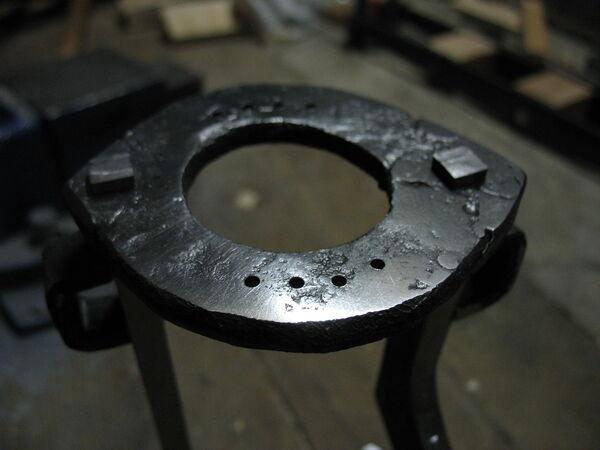 Riveting field frame bars to rings - 14