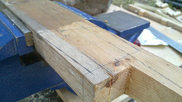 Fitting the little ladder tenons to field-frame pi-brackets - 02