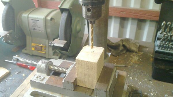Assembling the little ladder - 06