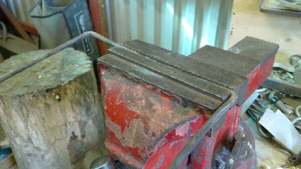 Making rectangular pulling handle for cheiroballistra - 01