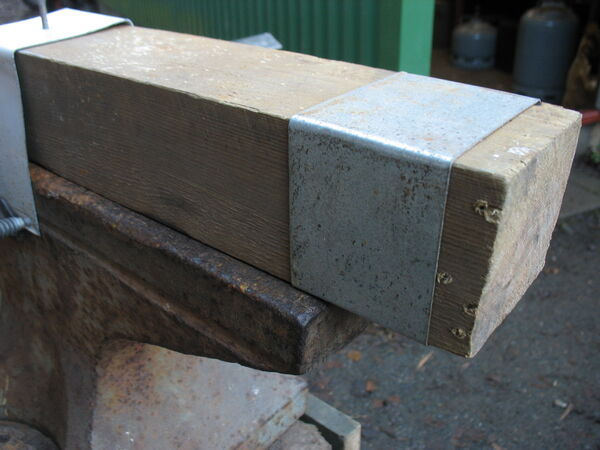 Making a little arch fork forging template - 09