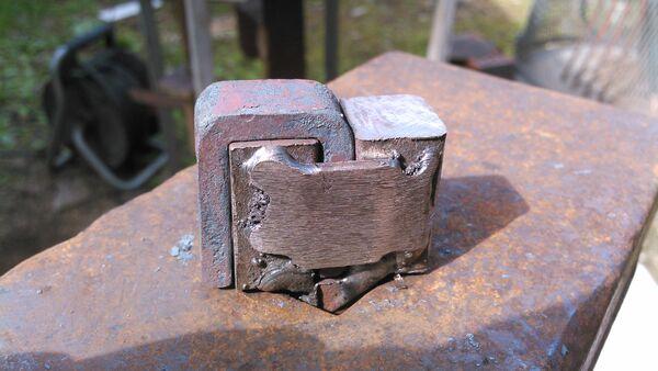 Making a pi-bracket forging tool - 07