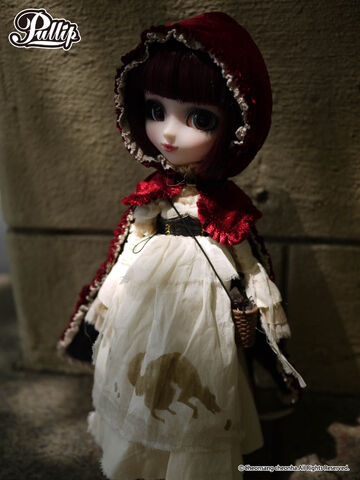 File:Pullip Bloody red hood gallery 1.jpg