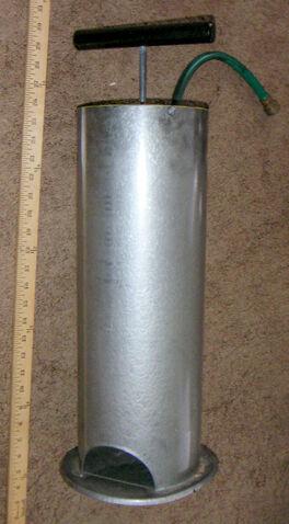 File:Metal Floor Pump 3.jpg