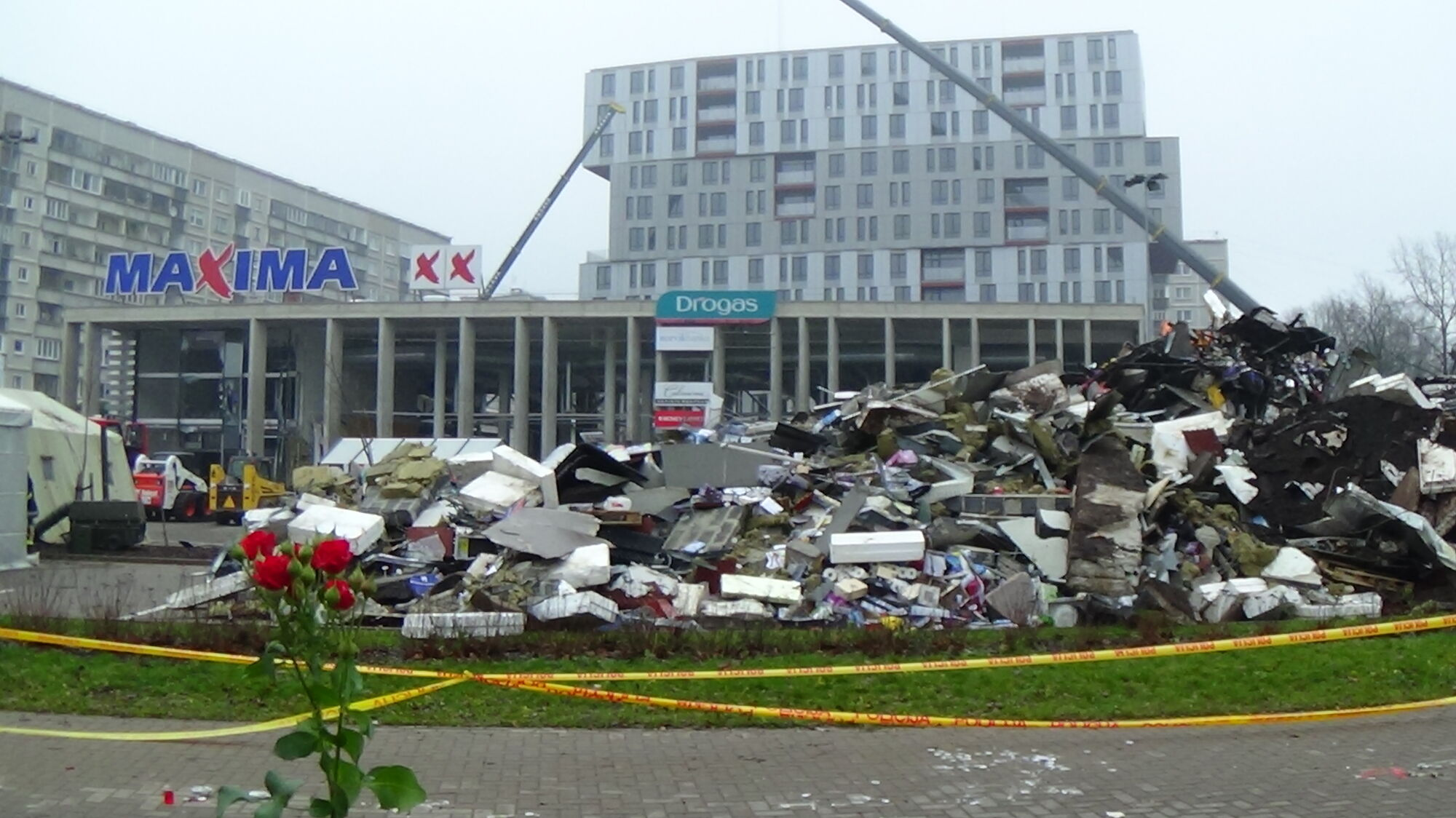 21 11 2013 Riga Supermarket Roof Collapse Baltic States