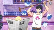 Eiji wants to hit Ash with a lamp