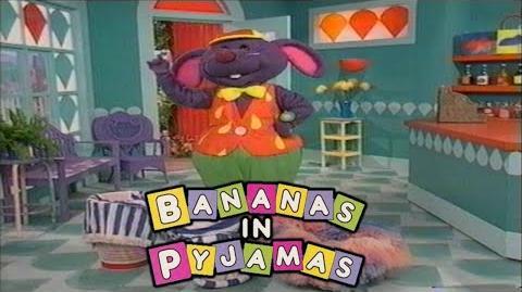 Bananas in Pyjamas Rat Wash (1994)